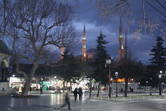 Blue Mosque at Dusk (lazy south's travels) Tags: istanbul turkey turkish sultanahmet square mosque islam islamic dusk dark