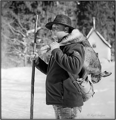 Christian mit Hasen_Rolleiflex 3.5B (ksadjina) Tags: 6x6 austria carlzeisstessar35 christian grosgmain kodak400tmax nikonsupercoolscan9000ed rodinal rolleiflex35b salzburg silverfast analog blackwhite film scan snow winter
