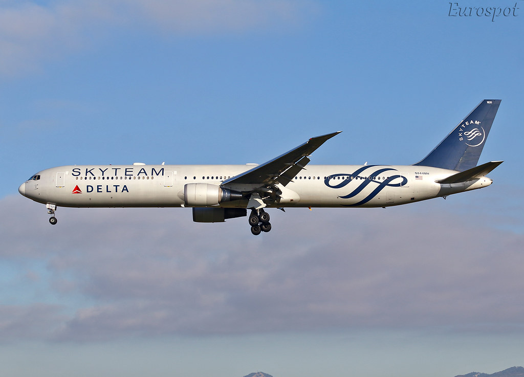 The World's newest photos of 767 and boeing - Flickr Hive Mind