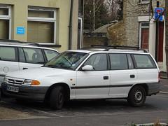 1994 Vauxhall Astra LS 1.7D Turbo Intercooler (Neil's classics) Tags: vehicle 1994 vauxhall astra ls 17d turbo intercooler touring station wagon estate car 1686cc