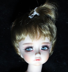 """Before"" picture, she's getting a new face-up (bentwhisker) Tags: doll bjd resin almdoll blueerry 6146 companyfaceup"