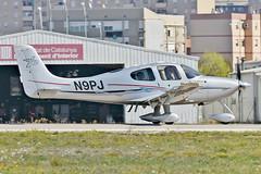 Aeropuerto de Sabadell. LELL. (Josep Ollé) Tags: sabadell aeropuerto airport cirrus n9pj sr22 despegue salida carrera