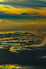 _FOU9715.jpg (Murray Foubister) Tags: 2018 gadventures spring sunset travel aerial africa lighteffects clouds