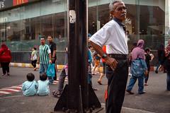* (Sakulchai Sikitikul) Tags: street snap streetphotography summicron songkhla sony 35mm leica thailand a7s hatyai mcdonald muslim islamic islam
