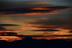 DSC_0041 (griecocathy) Tags: paysage montagne ciel nuage coucher soleil noir rouge orange jaune bleu crème rose gris