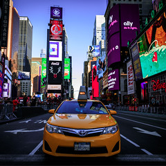 Times Square (Robgreen13) Tags: usa newyorknewyork nyc manhattan timessquare urban cityscape taxi broadway 7thave midtown