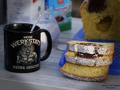 Picknick im Freien (ingrid eulenfan) Tags: leipzig autotreffen picknick kuchen 2019 kaffeepause pausecafé coffebreak 365project kaffee espresso cappuccino cup coffeepot tasse coffee coffeetogo werkstatt tamron16300mm