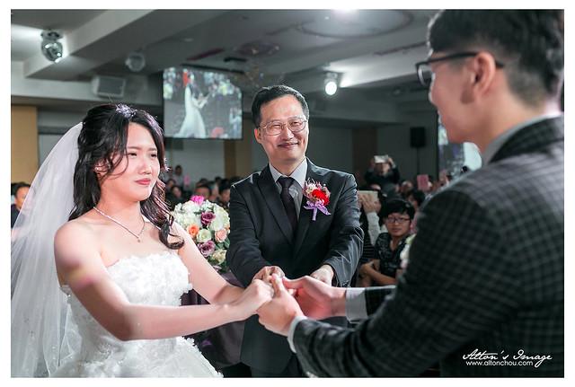 [台南婚攝] Hilbert & Vivian 宴客紀錄 @情定城堡
