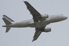 F-GRHL / Airbus A319-111 / 1201 / Air France (A.J. Carroll (Thanks for 1 million views!)) Tags: fgrhl airbus a319111 a319100 a319 319 1201 cfm565b5p airfrance skyteam 3944eb london heathrow lhr egll 27r