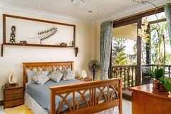 Bed room 1 | Hangover House (ronelvfelecio) Tags: real estate photography bedroom bed pillow sea side beach wood shell carving