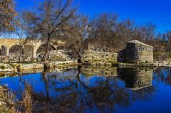 Doble (Walimai.photo) Tags: puente agua water bridge congosto salamanca spain españa sky cielo reflejo reflection molino mill piedra stone nikon d7000 nikkor 35mm