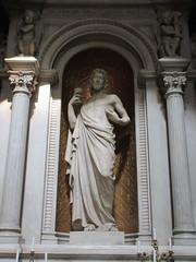 Sacré-Cœur statue, Église Saint-Polycarpe, Lyon, France (Paul McClure DC) Tags: lyon france july2017 auvergnerhônealpes architecture historic church sculpture lacroixrousse