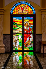 Stained glass of Guararema's main church (elcio.reis) Tags: cores color reflexo guararema nikon igreja church vitral