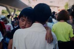 Long Day / Disney Land  1989 Summer LA      T-Planar 85mm F 1.4 (情事針寸II) Tags: film portrait boy losangels kodachrome disneyland tplanar85mmf14
