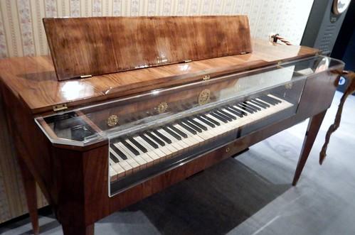 Old-Fashioned Piano