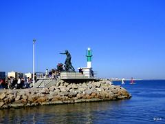 Palavas-les-Flots (jc.d the cycling photographer) Tags: france francese languedocroussillonmidipyrénées languedoc hérault palavaslesflots palavas méditerranée monument