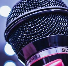 Sing 🎤microphone Macro Monday (Un instant.) Tags: macromonday bokeh micro hobby sing look