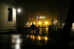 Venezia di notte (Pierrot le chat) Tags: venice venezia venise italy night camposantamariaformosa streetphotography silhouettes