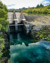 FROM WONDERLAND TO TAUPO (www.PhoTophe.com) Tags: 7plus alainmongesclavel aratiatiadam christophehervouet dam iphone iphoneography newzealand northisland taupo waikatoriver waterhole
