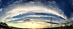 2019 099/365 4/10/2019 WEDNESDAY - Look Mummy, the small plane up in the sky... (_BuBBy_) Tags: horizon clouds cloud pano panorama wall floyd pink up plane small mummy look wednesday 10 4 4102019 365days 365 99365 99 2019 sky blue goodbye