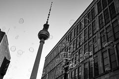 bubbles (Elmar Egner) Tags: fernsehturm berlin street leica monochrom voigtländer 21mm vm colorskopar f35