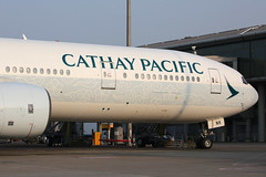 """B-HNK, Boeing 777-300, Cathay Pacific, Hong Kong """"Spirit of Hong Kong"""" (ColinParker777) Tags: bhnk boeing 777 773 773a 777300 777367 widebody plane airplane aeroplane aviation fly flying flight aircraft cathay pacific airways ltd airline airlines hkg hong kong vhhh chek lap kok lantau canon l pro lens telephoto zoom jet lines 5d3 5dmk3 5dmkiii 5diii 100400 parked parking scheme asias world city special livery"""