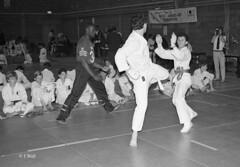 Katsu Karate 1987 pic13 (walljim52) Tags: katsu karate burntwoodrecreationcentre 1987 sport man woman child dojo mono blackandwhite