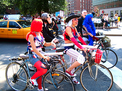 20040829 mdc (Jym Dyer) Tags: bicycle bikebloc bikenyc missiledickchicks newyorkcity nyc oilwar rnc rnc2004