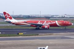 AirAsia X | Airbus | A330-343 | 9M-XXT | Taoyuan International Airport | Taipei | TPE (TFG Lau) Tags: rctp tpe taoyuan taipei airplane aeroplane aircraft aviation plane planespotting spotting canon canoneos eos eos5dmarkiii ahkgapworldwide airasiax xax d7 airbus a330 a333 9mxxt
