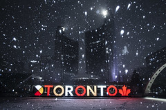Brace yourself, Toronto! Another storm is on the way... (A Great Capture) Tags: brace yourself toronto another storm is way winterstorm onstorm southernontario weather torontosign xoto share3dto cityhall snow nathanphillipssquare torontoexplore flickr agreatcapture agc wwwagreatcapturecom adjm ash2276 ashleylduffus ald mobilejay jamesmitchell on ontario canada canadian photographer northamerica winter l'hiver 2019 city downtown lights urban night dark nighttime cold colours colors colourful colorful cityscape urbanscape eos digital dslr lens canon 70d sigma outdoor outdoors outside medicine wheel leaf streetphotography streetscape photography streetphoto street calle snowing illuminate lighting snowy