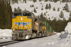 Westbound Intermodal at Soda Springs (Patrick Dirden) Tags: up8829 sd70ah emd electromotivedivision electromotive progressrail diesel locomotive engine rail railroad train freighttrain intermodal up unionpacific unionpacificrailroad uprosevillesub sodaspringsca placercounty sierranevada snow winter northerncalifornia california