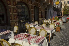 Sidewalk Dining (rschnaible) Tags: hungary budapest europe outdoor sightseeing dining street photography sidewalk