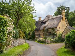 Cottages in Stanton, Cotswolds (Bob Radlinski) Tags: cotwoldsalbum england gloucestershire greatbritain littlesheppeyhouse no3 pixiecottage stanton uk travel em1c2276editpsd