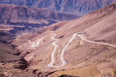 Up and down (Mariano Colombotto) Tags: cuestadelipan jujuy argentina landscape paisaje road ruta carretera winding curves sinuous nikon travel photographer photography mountains montañas dry