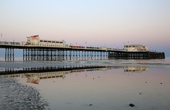 2018_05_06_0208 (EJ Bergin) Tags: sussex westsussex landscape worthing sunset beach sea seaside worthingpier seafront reflection