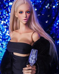 Happy New Year (xopriscilla) Tags: amandabeauty dollsheamanda bjdphoto dollcrew bjdcommunity dollfiedream dollfie dollphotography boobs blonde amanda dollshe doll bjddoll bjd new years eve nye bombshell lindsay lohan trisha paytas paris hilton cardi b kylie jenner kim kardashian petras