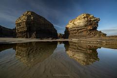 Todo en calma (anpegom) Tags: water reflejos lascatedrales lugo galicia galiza españa spain rocas anpegom mar cantabrico arena agua norte national