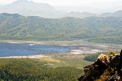 20190113-14-Lake Gordon (Roger T Wong) Tags: 2019 australia lakegordon mtwedge rogertwong sel24105g sony24105 sonya7iii sonyalpha7iii sonyfe24105mmf4goss sonyilce7m3 tasmania bushwalk hike outdoors southwest tramp trek walk