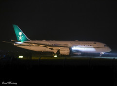 Saudi Arabia Ministry of Finance 787-8 HZ-MF7 (birrlad) Tags: shannon snn international airport ireland aircraft aviation airplane airplanes government vip state jet delivery night photography dark saudiarabiaministryoffinance saudi saudiarabia boeing b787 b788 787 7878 hzmf7