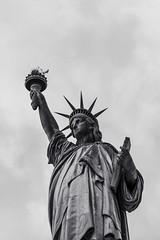 Liberty (∤ Esther ∤) Tags: statue nyc newyork newyorkcity usa america states blackandwhite blancoynegro