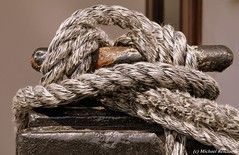 Texturen / Texture (Mike Reichardt) Tags: dwwg lessismore minimal minimalism texture sailing sea port habor hafen schiff meer