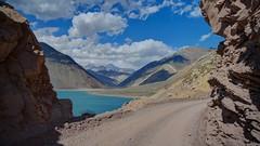 Carretera por la cordillera (Ricardo Zettl Kalkum) Tags: valledelyeso cajóndelmaipo regiónmetropolitana rm chile embalseelyeso