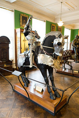 Armoured knight on armoured horse (quinet) Tags: 2017 antik antiquitäten england london rüstung wallacecollection ancien antique armour armure militaire military militärische museum musée