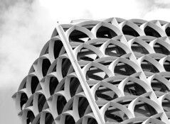 Birdcage (Karen_Chappell) Tags: architecture building bw blackandwhite abstract urban city oahu hawaii honolulu travel usa curves lines arc arch windows canonef24105mmf4lisusm geometry geometric