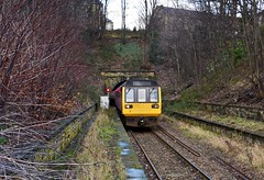 Lockwood Huddersfield Kirklees West Yorkshire 1st January 2019 (loose_grip_99) Tags: huddersfield westyorkshire yorkshire england uk north lockwood lyr lancashireyorkshirerailway penistone line railway railroad rail train diesel multiple unit dmy class 142 northern station 142053 tunnel platform trains railways january 2019
