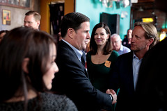 Doug Ducey with attendees (Gage Skidmore) Tags: doug ducey governor arizona technology summit tech 2019 duce phoenix innovation innovationaz