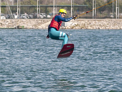 CFR1777 (Carlos F1) Tags: nikon d300 castelldefels ocp olimpiccablepark olimpic sport deporte water agua wakeboard wakeboarding wakesport wakeskate boardsport jump salto table surf surfing watersport fun outdoor barcelona spain acuático