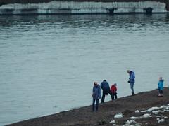 DSCN0759 (mestes76) Tags: 041218 duluth minnesota lakewalk lakesuperior lakes people strangers