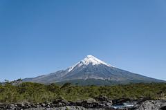 BRK_3984 (kasio69) Tags: snowcap mountain nature volcano sky blue d7000 nikon boriskasimov zaandam volcán osorno puerto varas los lagos region chile