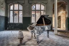 Beelitz Heilstätten (Jan Hoogendoorn) Tags: germany duitsland urbex urbanexploring decayed abandoned vervallen verlaten beelitzheilstätten
